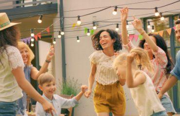 backyard dance party, best niagara falls tours